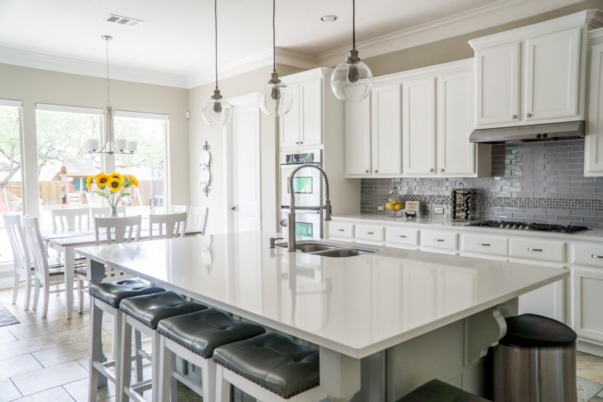 White Cabinets Welcome To The Darkside Of Painted